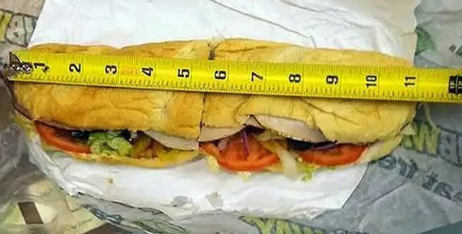 Demandan a Subway por mentir sobre el tamaño de sus sandwiches