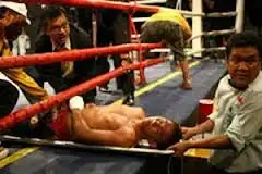 Video Joven boxeador muere en el ring