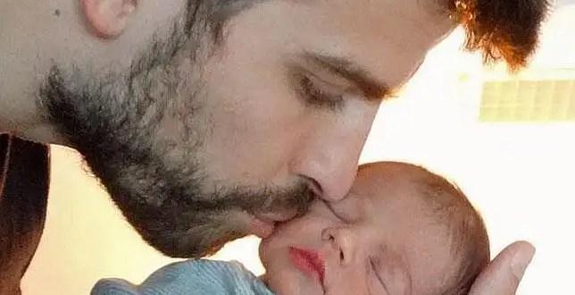 Tierna foto de Gerard Piqué y su hijo Milan