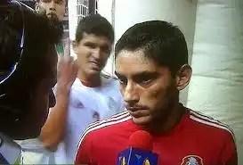 Francisco Javier Rodríguez enojado hace la 'Maza señal' - Foto