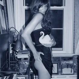 Fotos de Helena Christensen espectacular a los 44 años