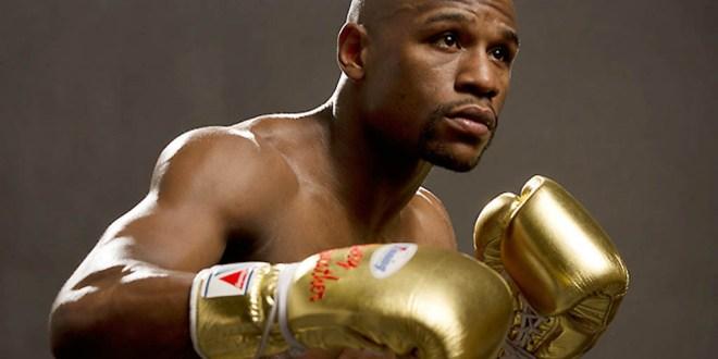 Mayweather se pelea con un rapero en Las Vegas - Vídeo