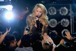 El beso apasionado de Shakira a Gerard Piqué-12