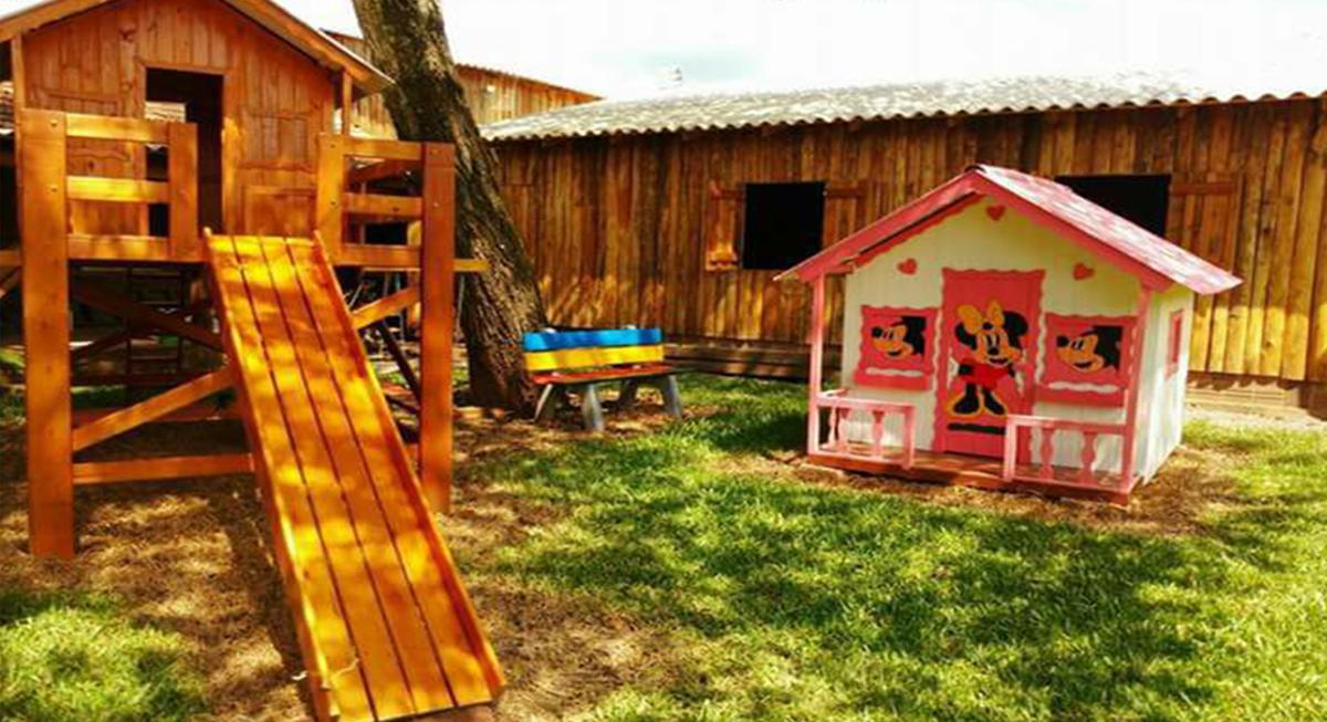 sitio-para-retiro-beira-do-rio-playground-1