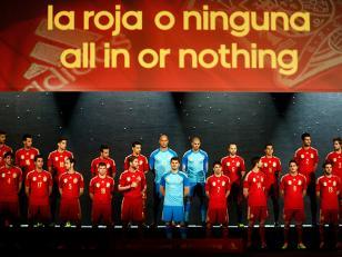 Brasil 2014: España presentó la camiseta