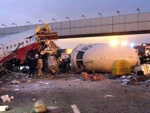 Boeing 737 se estrella en Rusia. 50 muertos