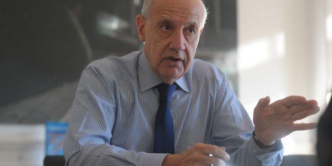 """Roberto Lavagna: """"El mercado ya hizo la devaluación, el Gobierno no la reconoce"""""""