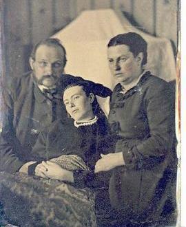 ¿Por qué hacían fotos a los muertos en el pasado?