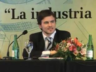 Reunifican áreas de Comercio Interior y Exterior, con Augusto Costa como secretario