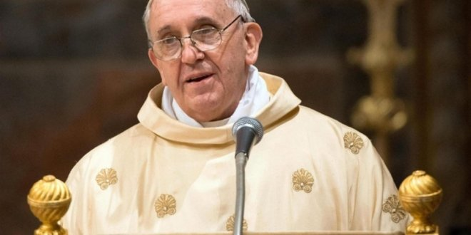 El papa Francisco propone fraternidad como arma contra crisis y guerras