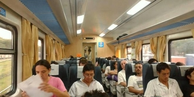 El servicio expreso entre Constitución y La Plata comenzó a prestarse con trenes 0km