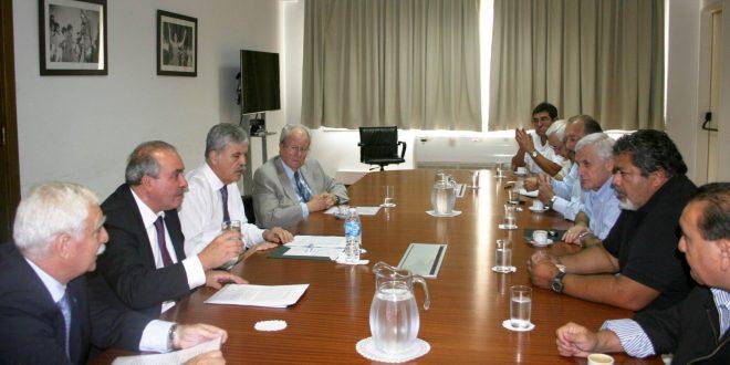 De Vido recibió directivos de sindicatos y empresas vinculados a la construcción