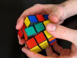Cómo armar el cubo Rubik: la solución en 7 pasos