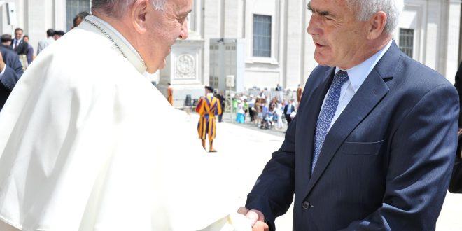 El Papa recibió al Ministro de Turismo