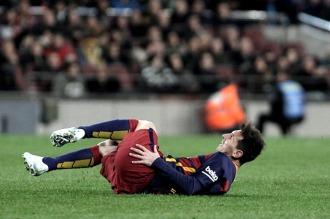 """Messi sólo padece """"pequeñas molestias"""" en su pierna derecha"""