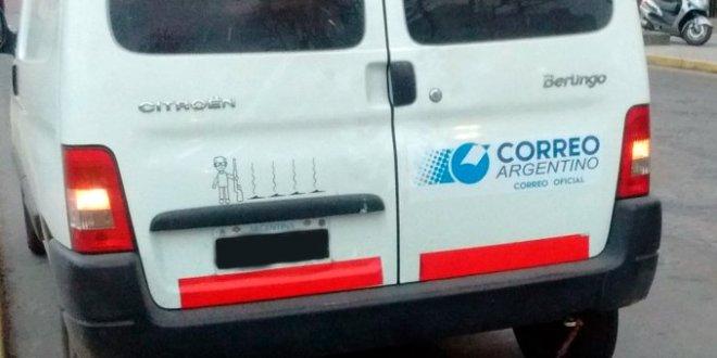 Camioneta exhibe un calco de Barreda y sus víctimas