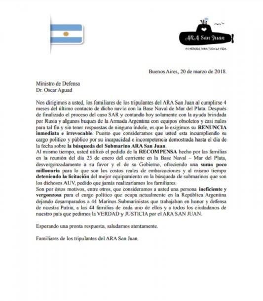 Familiares de los tripulantes del submarino ARA San Juan pidieron la renuncia del ministro de Defensa