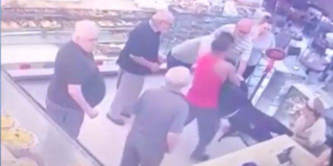 Video: Un Fisicoculturista le dio tremenda paliza a un ladrón que intentó a robar en una panadería