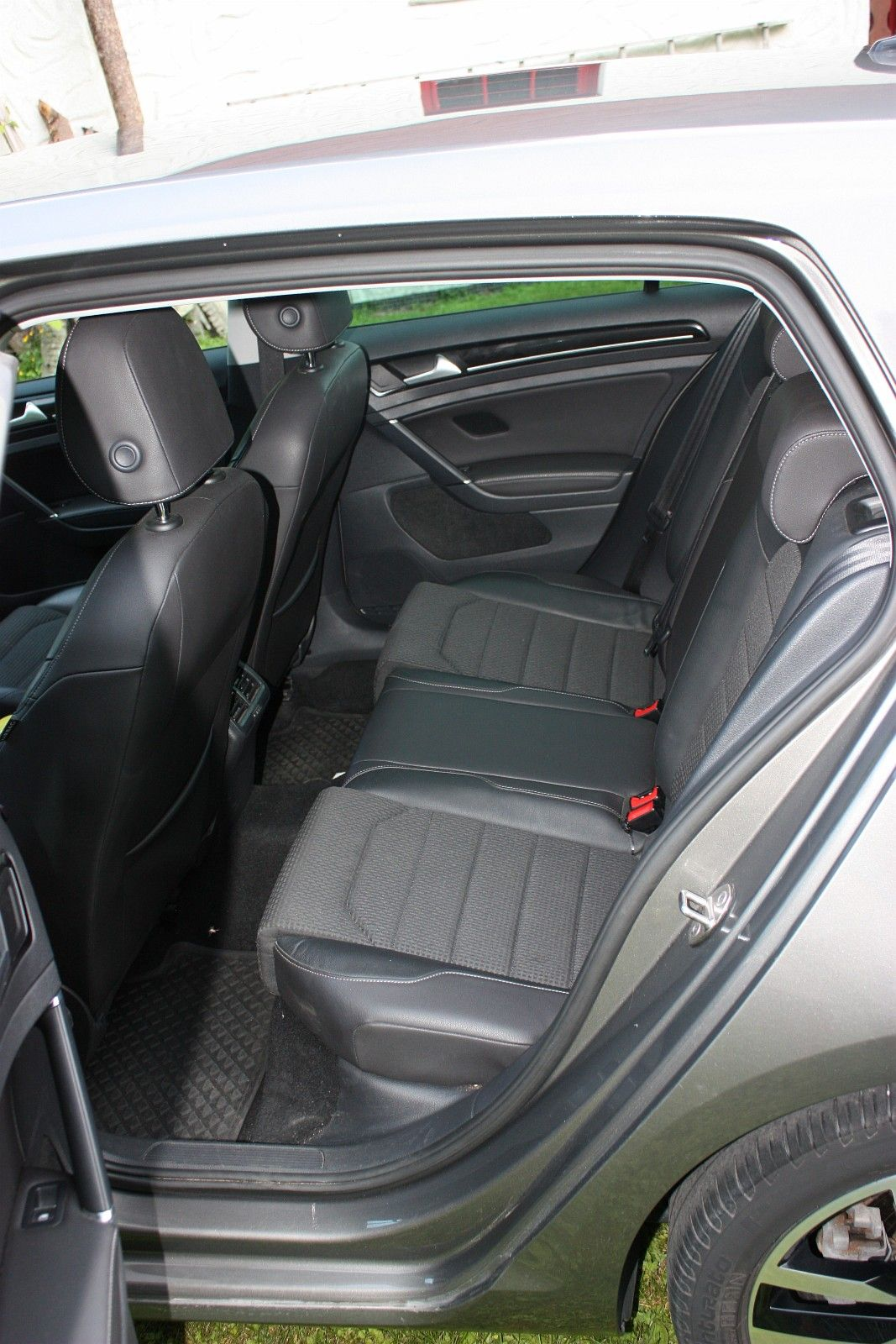 Volkswagen Golf00