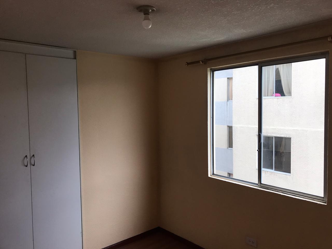 Departamento Amplio en Pichincha de 3 habitaciones,  2 baños y garaje