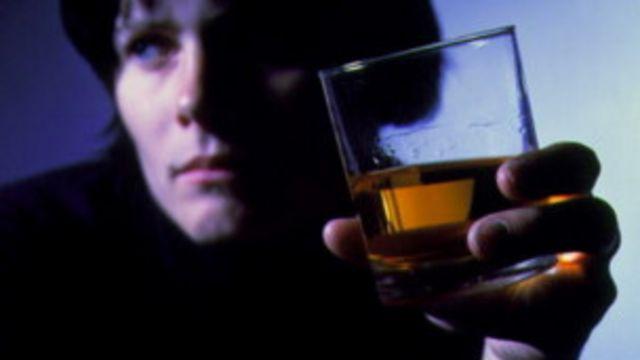 120111165353_alcoholismo_304x171_spl_nocredit