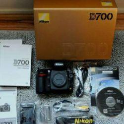 Nikon D700 1