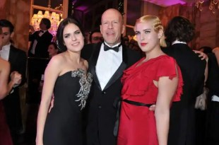 Bruce Willis va a tribunales contra Apple