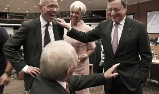 España promete más reformas al Eurogrupo