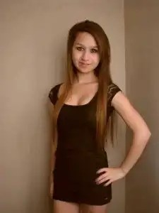 Insólito: Adolescente se suicida tras ser acosada en Internet