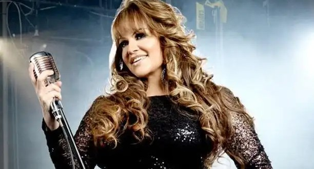 Muere la cantante mexicana Jenni Rivera en un accidente de avión