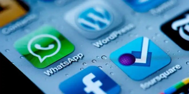 WhatsApp cobrará cuota anual para los iPhone