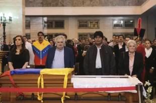 Peligra el embalsamiento de Hugo Chávez