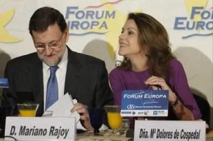 Rajoy elogia a Cospedal: 'Es un magnífico ejemplo a seguir'