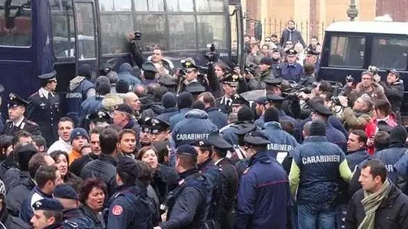 Detienen a 37 miembros de la mafia siciliana