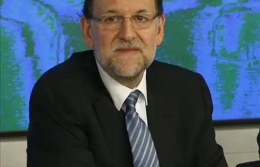 Rajoy promete bajar los impuestos que subio