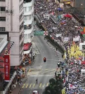Hong Kong reclama el sufragio universal