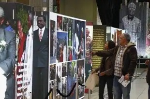 Nelson Mandela se recupera favorablemente