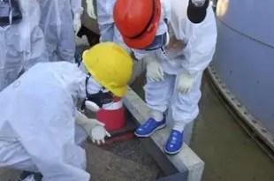 Japón estudia verter al mar agua contaminada