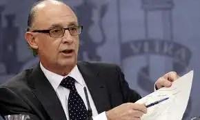 Cristóbal Montoro es retado a cumplir el objetivo de déficit como Madrid
