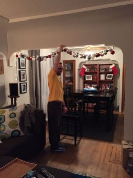 staycation-december-decorating-01