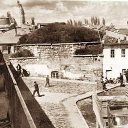 Meydan Hamamı - Şuanki Halin Arkası