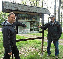Das Foto zeigt Herrn Michael Häusig und Herrn Ulrich Gießelmann (v.l.)