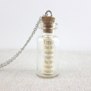 bridesmaid gift personalised name pendant