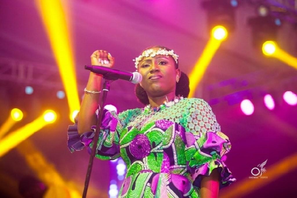 Diana Hamilton Wani Ku Me Ho You Watch Over Me mp3 download