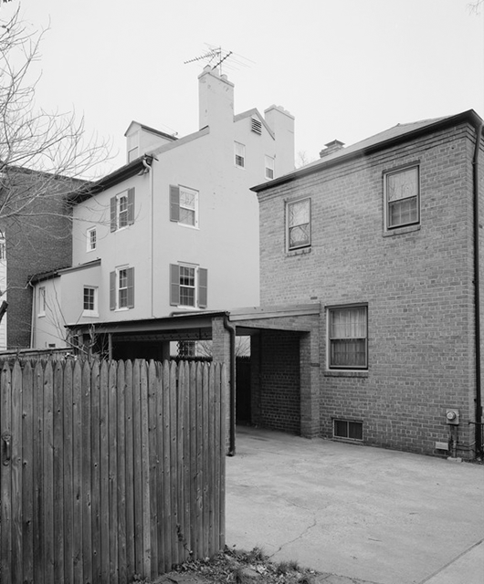 House in Georgetown (Source: Wikimedia Commons)