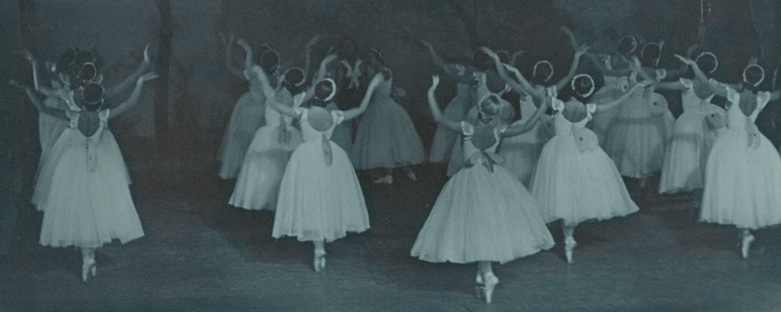"Ballet Russes' ""Les Sylphides"" (Source: National Library of Australia/Flickr)"