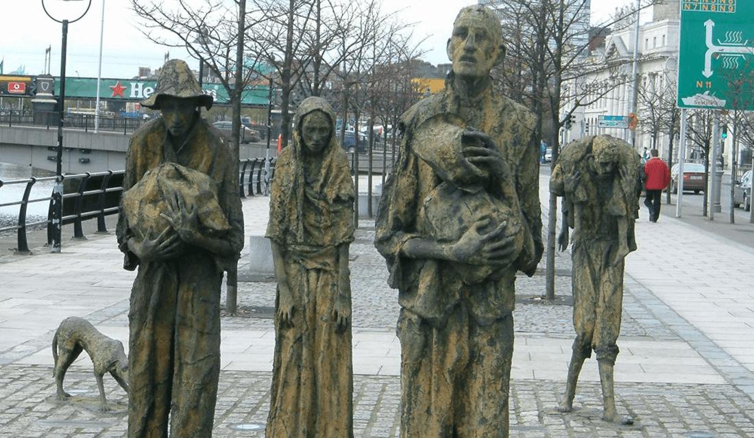 Memorial to the Famine in Dublin (Source: AlanMc/Wikimedia Commons)