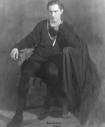 John Barrymore as Hamlet (Source: Wikimedia Commons)