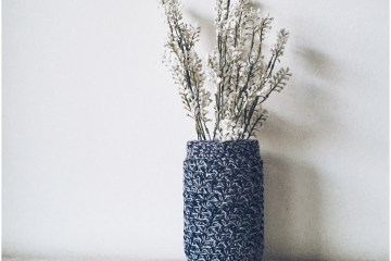 Easy Crocheted Mason Jar Cozy
