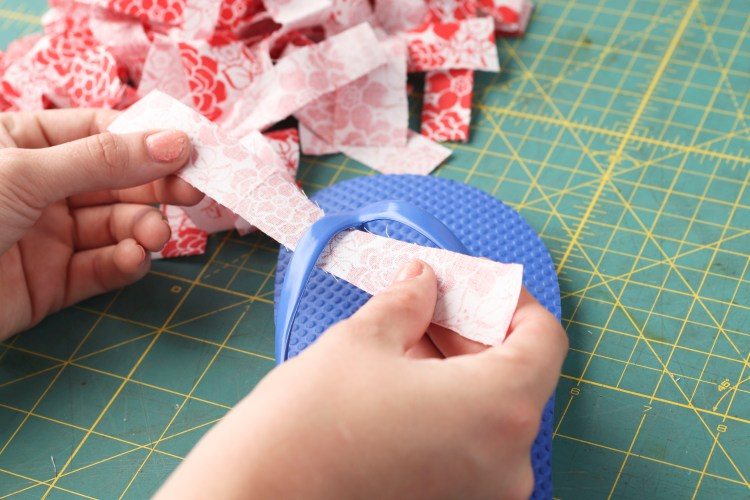 """First, cut 24 strips of fabric - each strip 6"""" long and 1"""" wide."""